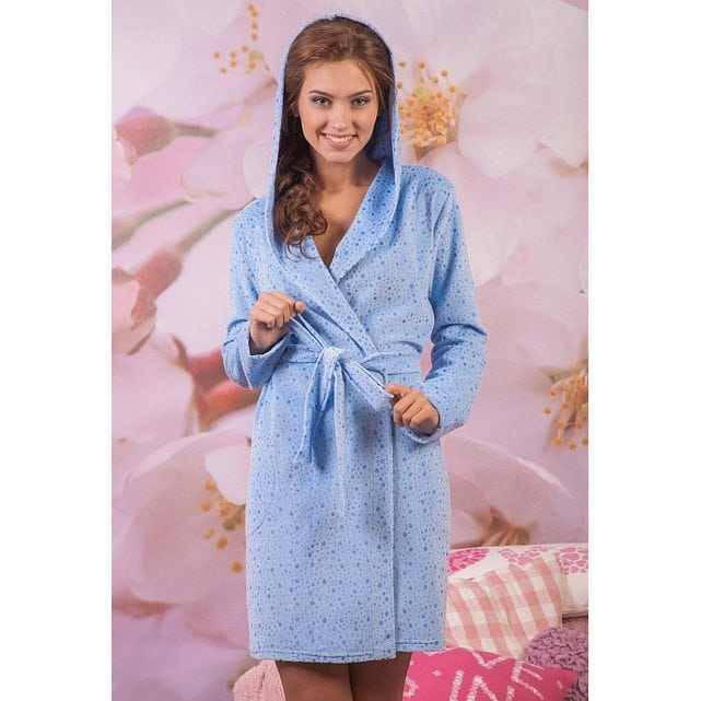 Короткий женский халат на запах с капюшоном Cleo 459