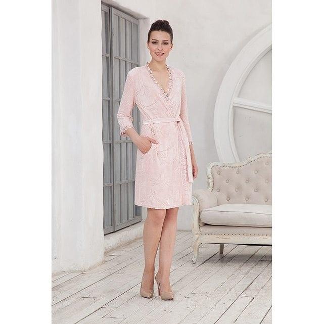 Короткий женский халат на запах персиковый Cleo 603